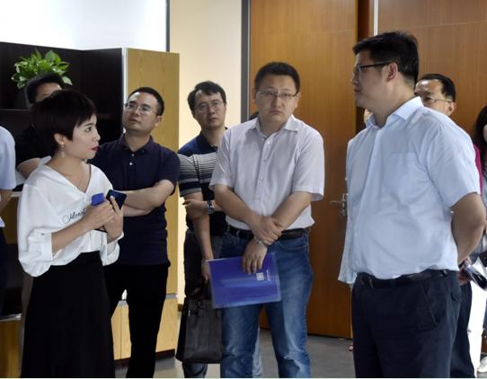 国家发改委经贸司张江波副司长一行莅临驹马集团考察指导